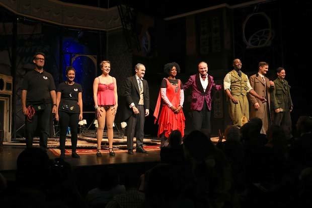 The new cast of Broadway's The Play That Goes Wrong takes a bow at the Lyceum Theatre.