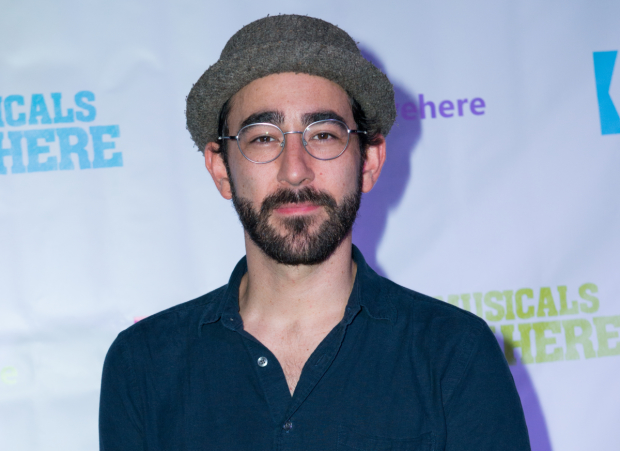 Max Crumm will star in the new romantic comedy Hot Mess, opening off-Broadway at the Jerry Orbach Theater this November.