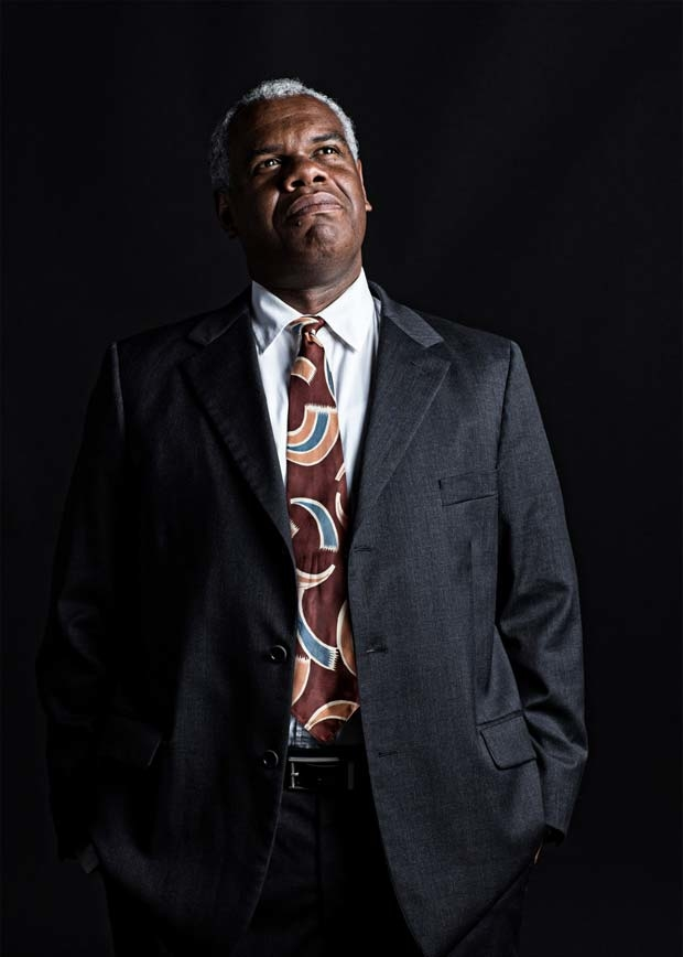 Craig Wallace plays Willy Loman in Arthur Miller's Death of a Salesman, directed by Stephen Rayne, at Ford's Theatre.