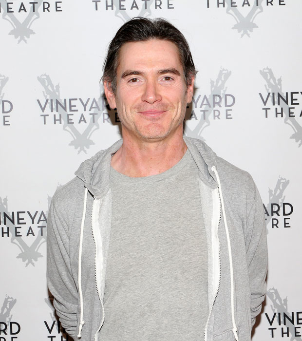 Billy Crudup stars in the title role.