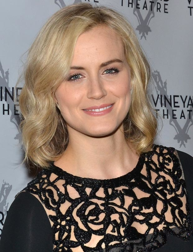 Taylor Schilling will participate in a benefit event for Puerto Rico and Mexico at Cherry Lane Theatre on October 22.