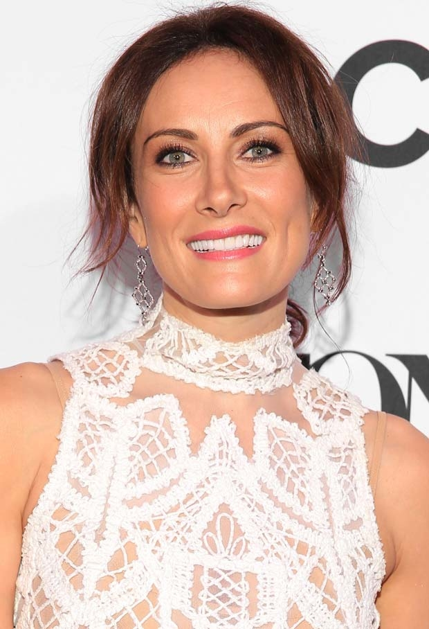 Laura Benanti is one of many special guests participating in BroadwayCon 2018.