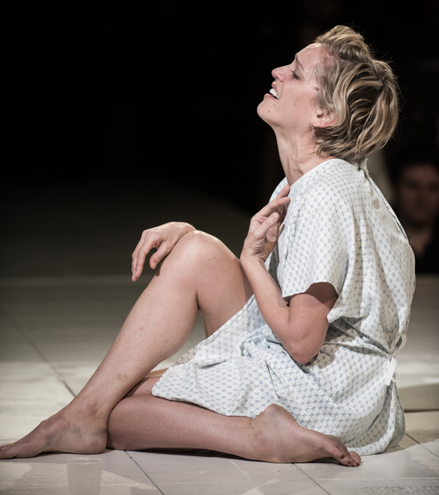 Denise Gough as Emma in People, Places & Things at St. Ann's Warehouse.