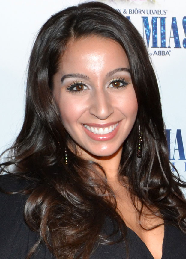 Natalie Gallo joins the cast of Jersey Boys for its upcoming off-Broadway run at New World Stages.