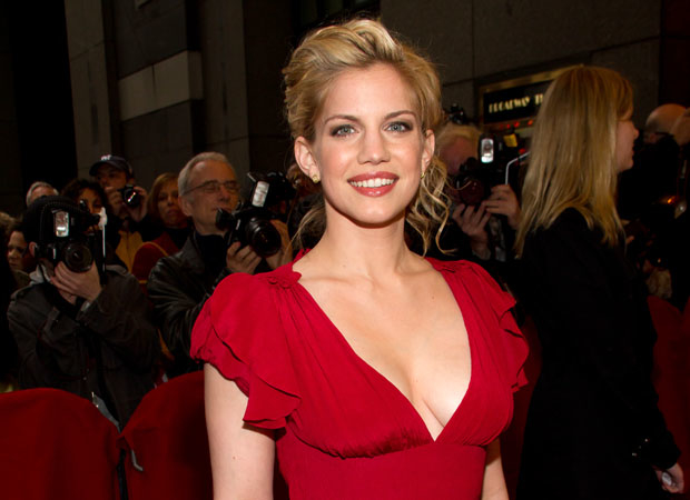 anna chlumsky movies and tv shows chlumsky adam pally and more to in greg 30630