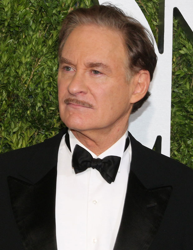 Kevin Kline will host the 34th annual Drama League Benefit Gala, which is honoring Steve Martin this year.
