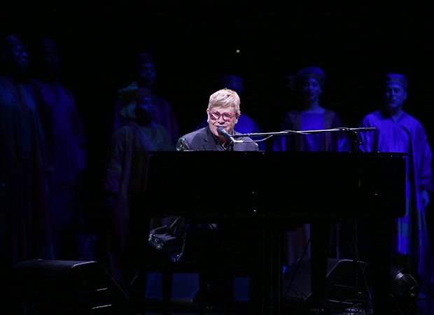 Sir Elton John gives surprise performance at 'The Lion King' in Broadway