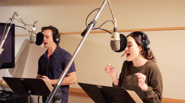 Paul Alexander Nolan and Alison Luff record the original Broadway cast recording of Escape to Margaritaville.