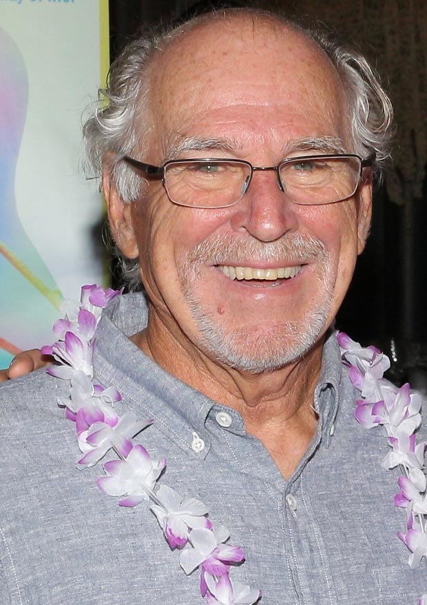Jimmy Buffett will help open the box office for Escape to Margaritaville.