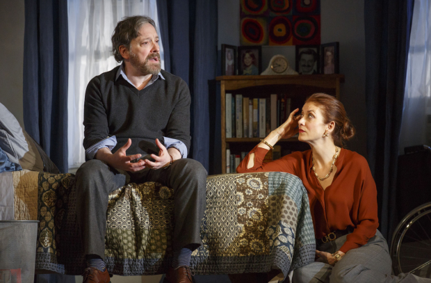 Jeremy Shamos and Kate Walsh in Steven Levenson's If I Forget at the Laura Pels Theatre.