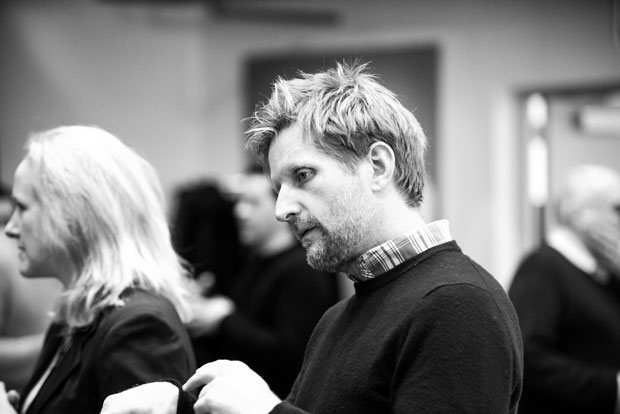 Paul Sparks stars in At Home at the Zoo.