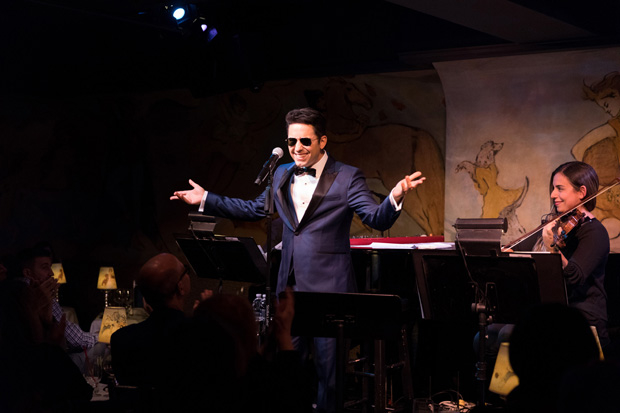 John Lloyd Young delights the crowd at the Café Carlyle.