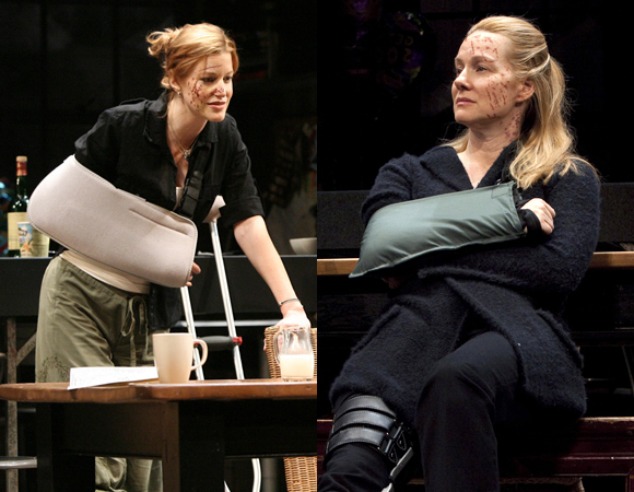 Anna Gunn and Laura Linney in Time Stands Still.