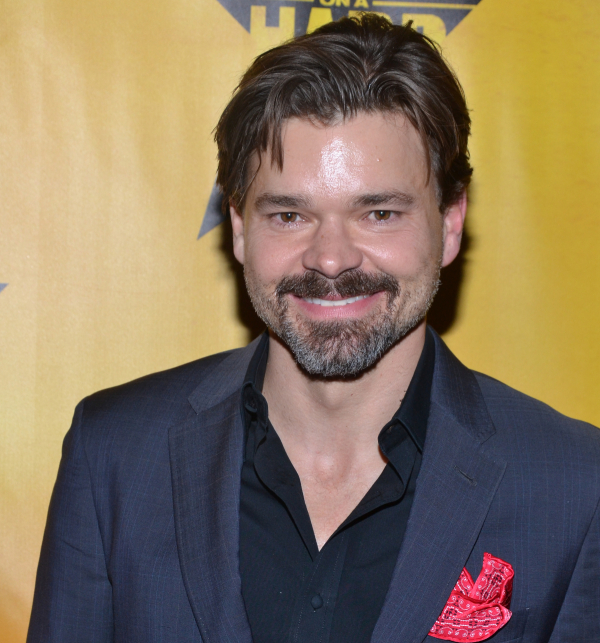 Tips: Hunter Foster, 2018s edgy hair style of the cool enigmatic  actor