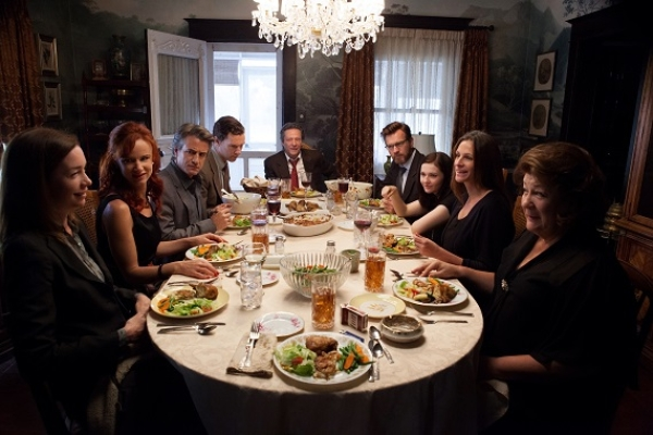 Julianne Nicholson, Juliette Lewis, Dermot Mulroney, Benedict Cumberbatch, Chris Cooper, Ewan McGregor, Abigail Breslin, Julia Roberts, and Margo Martindale in the film August: Osage County.