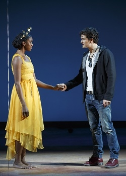 Condola Rashad as Juliet and Orlando Bloom as Romeo in the 2013 Broadway revival of Romeo and Juliet, directed by David Leveaux at the Richard Rodgers Theatre.