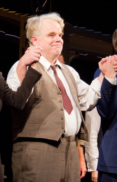Broadway marquees will dim their lights for Philip Seymour Hoffman on Wednesday, February 5.