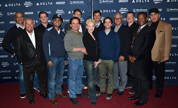 The cast of Bronx Bombers joins the former Yankees for a photo before the show.