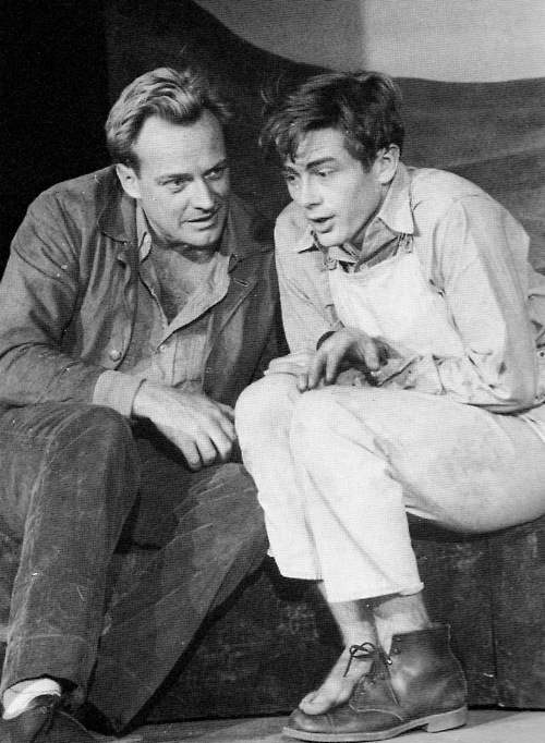 Arthur Kennedy (l) and James Dean (r) in  N. Richard Nash's 1952 play See the Jaguar at Broadway's Cort Theatre. The play closed after five performances.