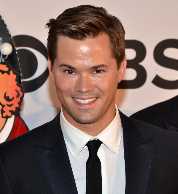 Tony nominee Andrew Rannells joins the cast of the 2014 Broadway Backwards benefit concert.