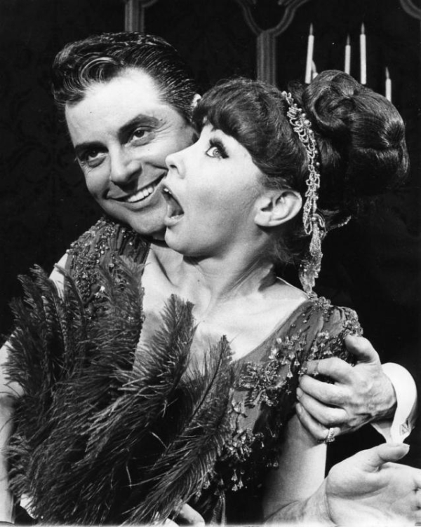 Johnny Desmond and Mimi Hines as Nick Arnstein and Fanny Brice in the original Broadway production of Funny Girl.