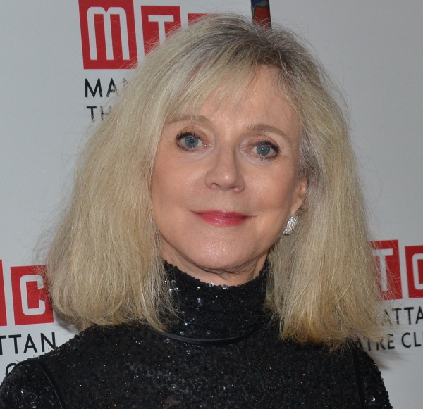 Blythe Danner will star in a Manhattan Theatre Club production of Donald Margulies' The Country House, directed by Daniel Sullivan, at the Samuel J. Friedman Theatre.