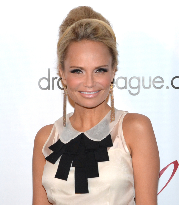 Tony Award winner Kristin Chenoweth will perform The Evolution of a Soprano at Carnegie Hall in a one-night-only concert performance on May 3.