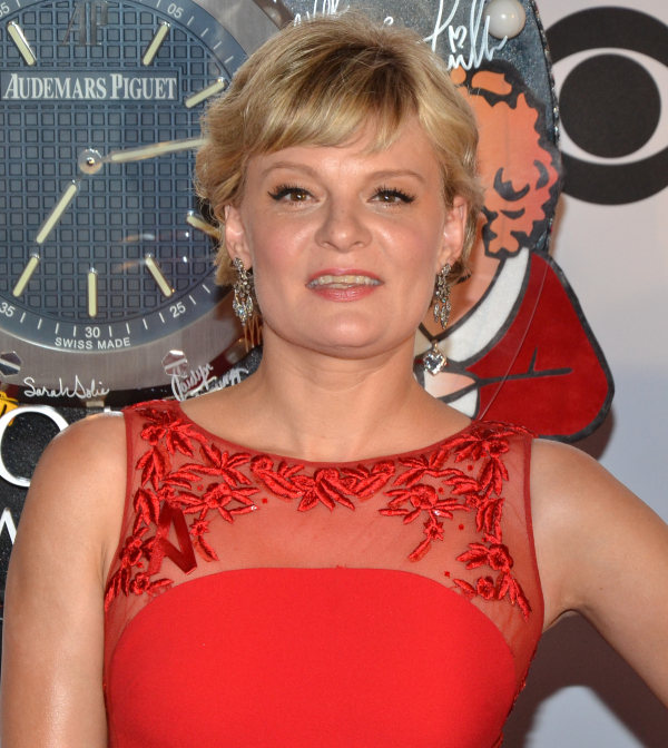 Martha Plimpton will make her West End debut in Jon Robin Baitz's Other Desert Cities, directed by Lindsay Posner, at The Old Vic.