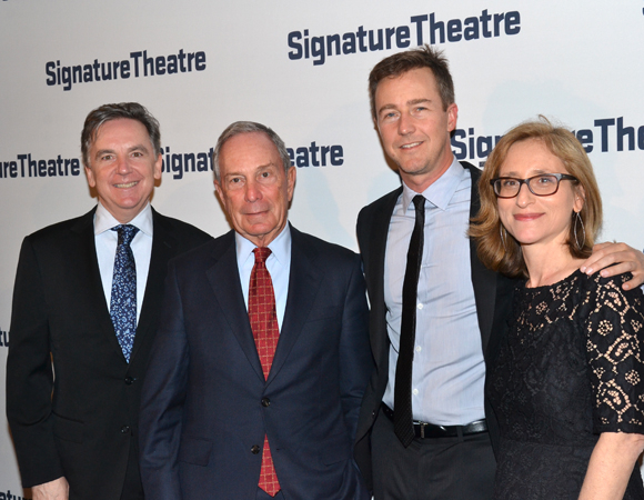 Signature Artistic Director James Houghton (left) joins former New York City Mayor Michael Bloomberg, Signature trustee Edward Norton, and Executive Director Erika Mallin at the organization's annual gala.