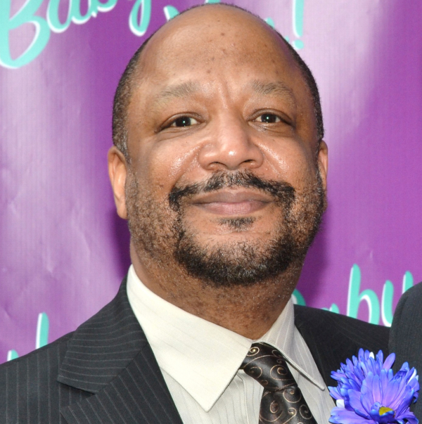 Sheldon Epps, artistic director of The Pasadena Playhouse, will helm the company's production of Kiss Me, Kate.