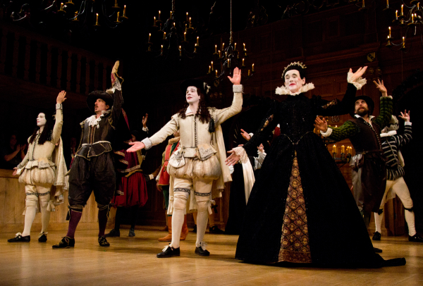Every single cast member in the Shakespeare's Globe revivals of Twelfth Night and Richard III was just as vital as Mark Rylance (right).