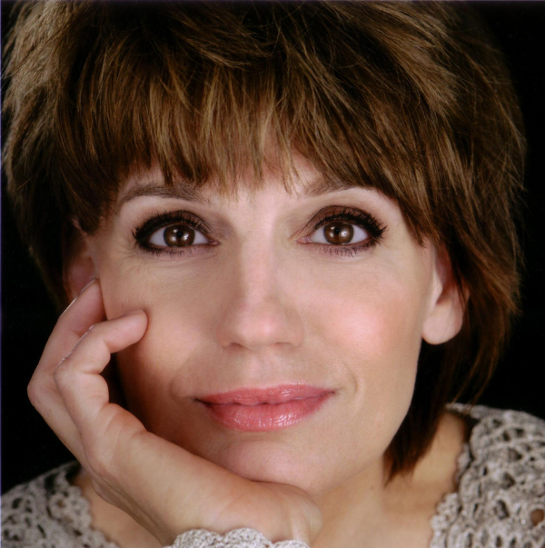 Beth Leavel will star in Rick Elice and Michael Patrick Walker's Dog and Pony, directed by Roger Rees, at San Diego's The Old Globe.