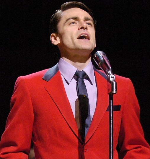 Ryan Molloy will reprise his Olivier Award-nominated performance as Frankie Valli in the Broadway production of Jersey Boys this summer.