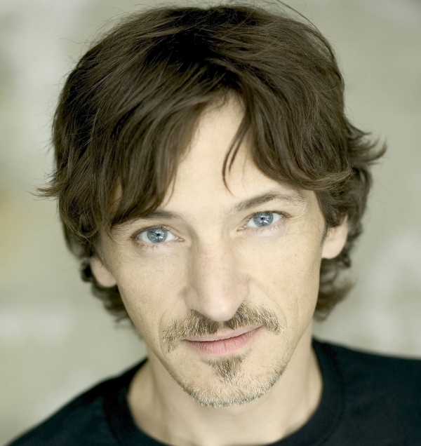 Oscar nominee John Hawkes will star in David Auburn's Lost Lake, a production of Manhattan Theatre Club at New York City Center — Stage I.