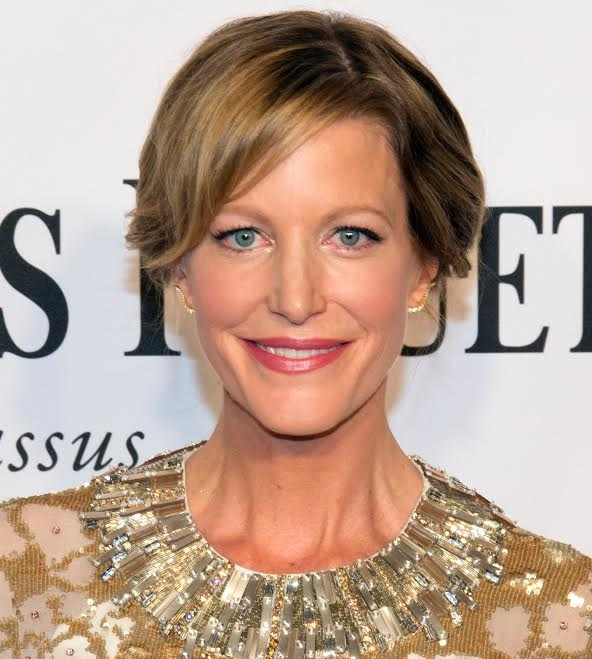 Emmy winner Anna Gunn will star beside Tony nominee Billy Magnussen in Second Stage's Sex With Strangers