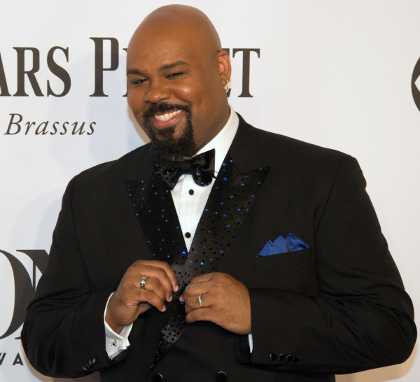Aladdin star include Tony winner James Monroe Iglehart will sign copies of the show's cast album on June 20 at Barnes & Noble.