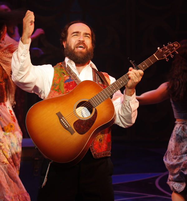 Eric Anderson as Shlomo Carlebach in the 2013 Broadway production of Soul Doctor.