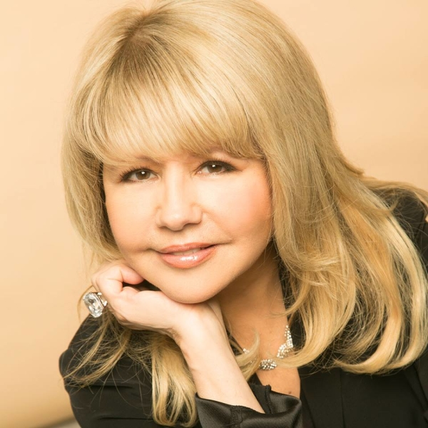 Pia Zadora will premiere here new show, Pia Reloaded, at the Metropolitan Room.