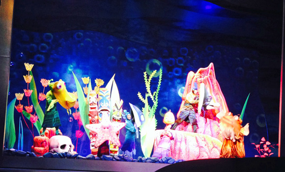 Finding Nemo — The Musical features puppets designed by Michael Curry, who also designed The Lion King on Broadway.