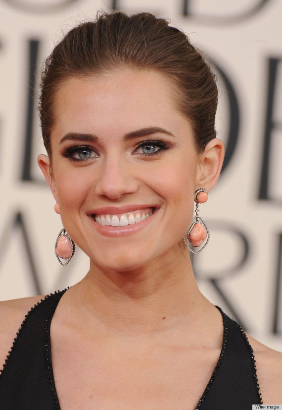 Allison Williams, star of HBO's Girls, will star in Peter Pan Live!, airing on NBC on December 4.