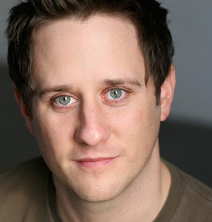 Two-time Tony nominee Christopher Fitzgerald will take on the role of Billy Flynn in Broadway's Chicagoo, beginning Tuesday, August 5.