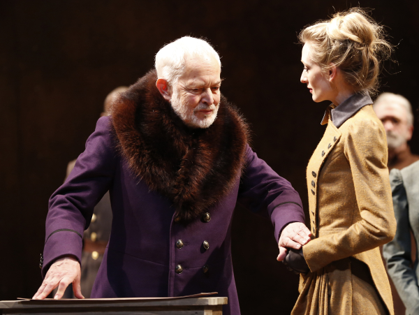 Michael Pennington as Lear and Rachel Pickup as Goneril in the 2014 Theatre for a New Audience revival of King Lear, directed by Arin Arbus.