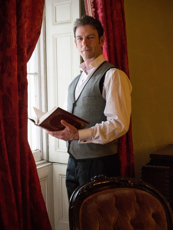 John Kevin Jones reads A Christmas Carol at the Merchant's House Museum.