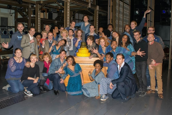 The cast of Beautiful goes crazy for the anniversary cake.