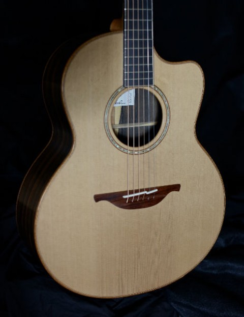 Richard Thompson Signature