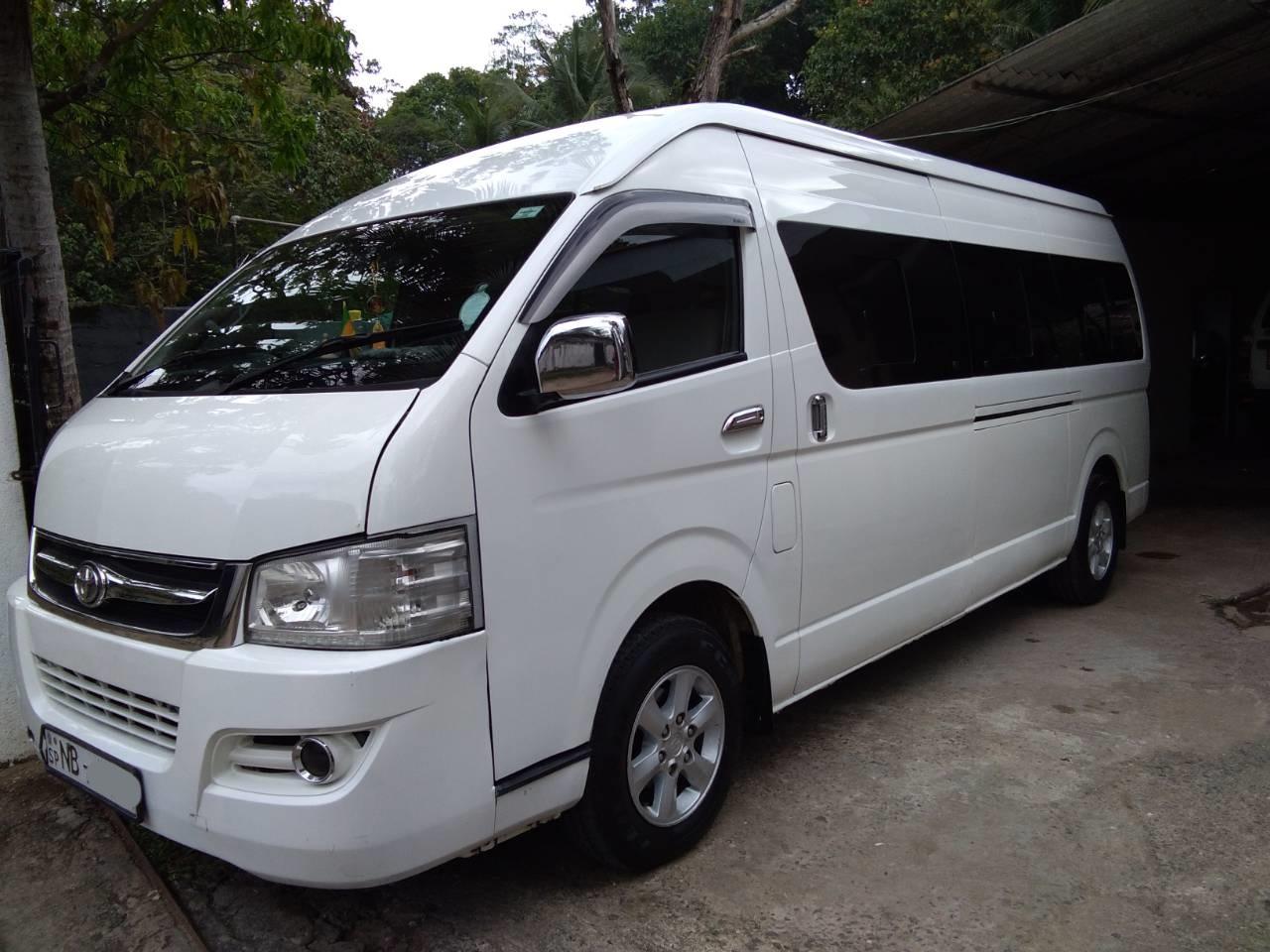 Buy and Sell Van, Busess and Lorries in Sri Lanka - topads lk