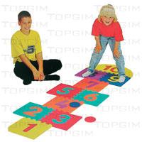 Jogo da macaca em placas desmontáveis tipo puzzle