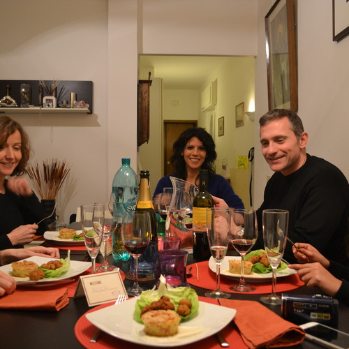 Host Simona in Rome, serving up a Neapolitan Feast