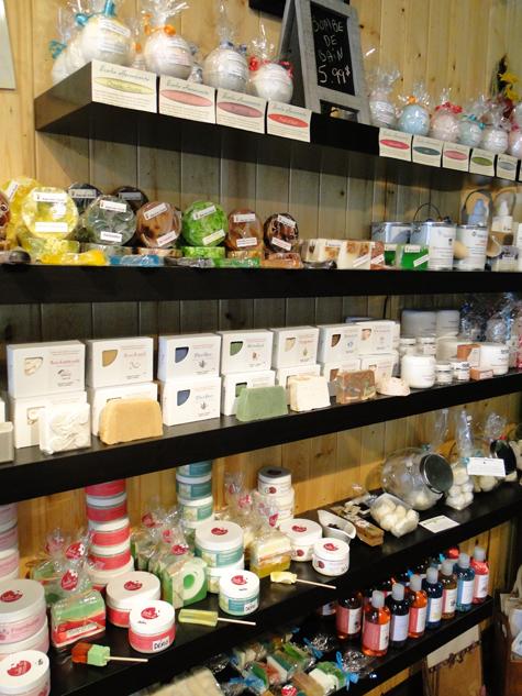 Boutique cadeaux à Shawinigan   Uni-Vert des Artisans offre des ... 72cb42af1d37