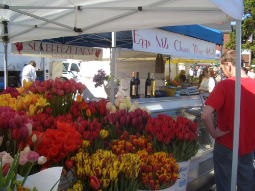 Always loaded with fresh cut flowers and organic produce.